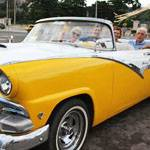 Cruise the sights of Santiago in a classic car