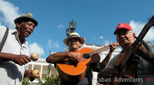 Santiago street music